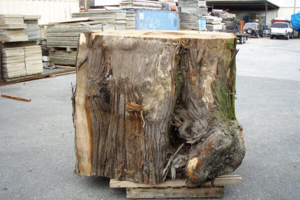 MaitreD-wood-web