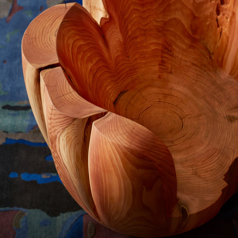 Detail photo of the daylily chair's back rest.